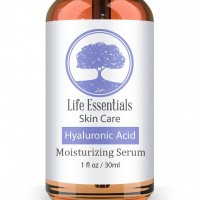 Life Essentials Skin Care Hyaluronic Acid Anti-Aging Moisturizing Serum with Vitamin C, Vitamin E and Green Tea, 1 fl. oz. / 30ml